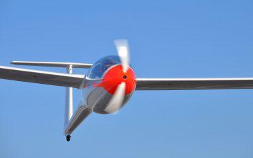 GREAT FLIGHTS WITH MINI LAK-FES